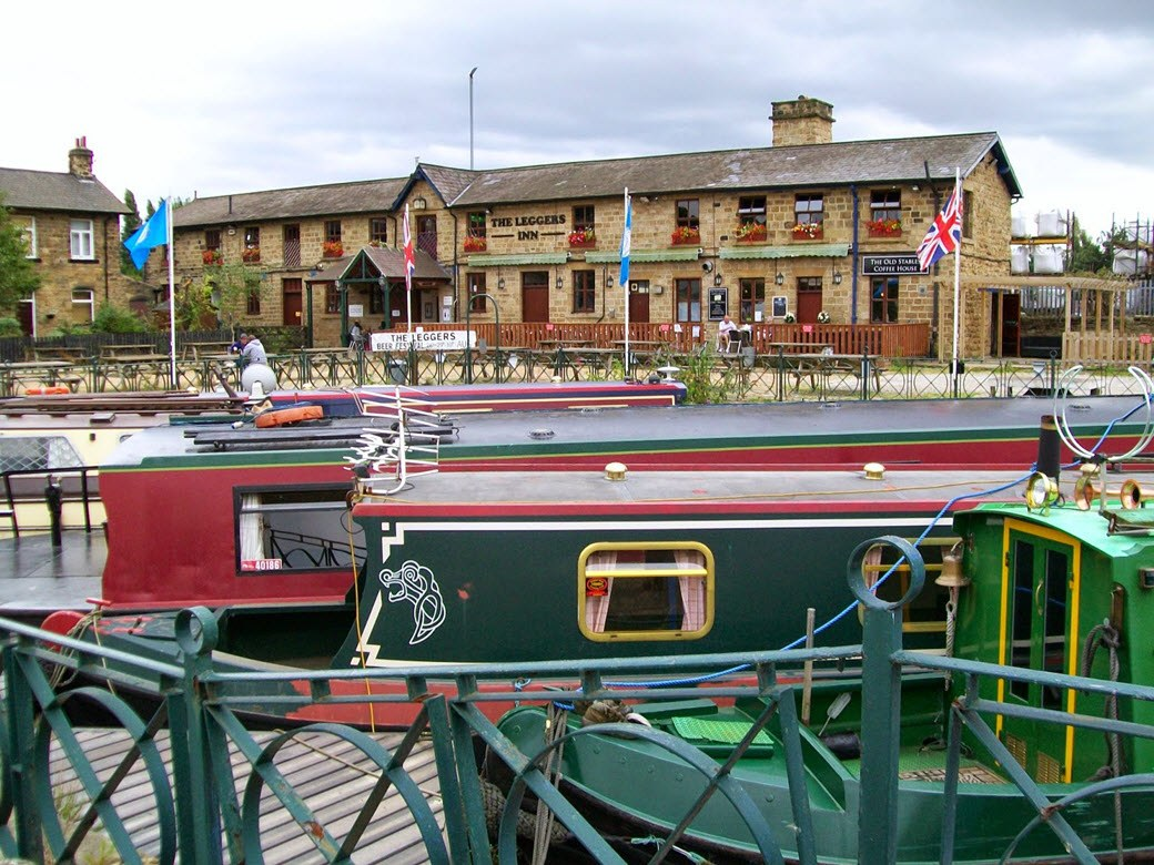 image of Dewsbury Canal Festival