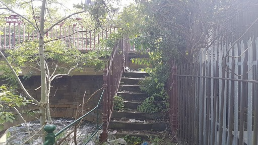 Dewsbury Riversdie Way - photo of victorian steps